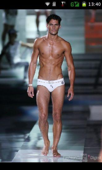 巴黎时装周男模秀