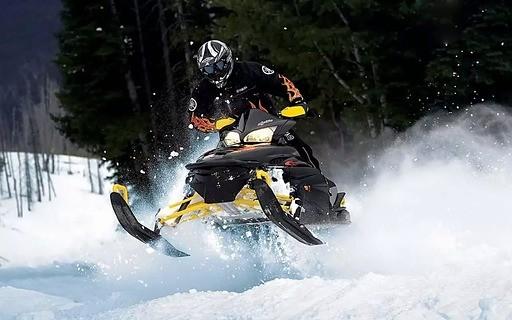 雪山摩托 - 赛车摩托
